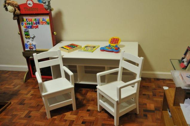 detachable arm chairs - let this piece of furniture also grow along with your little ones
